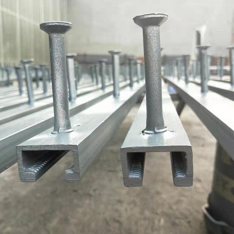 管廊支架的管墩预埋件图片